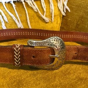 Vintage Levi's leather belt sz medium